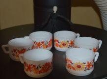 Tasses Arcopal fleurs