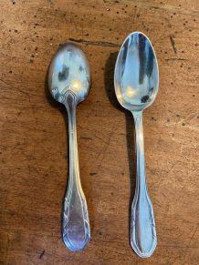 Set de 12 petites cuillères en métal argenté 1950