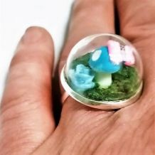 Bague réglable globe terrarium, champignon bleu
