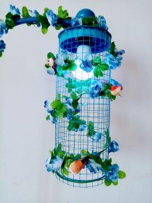 Lampe volière bleue, cage oiseaux, fleurs, télécommande