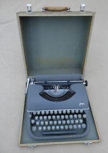 Ancienne Machine à écrire JAPY