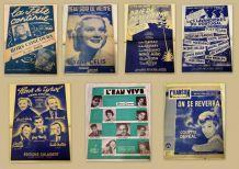 """Partitions chansons """"années 50-60"""" collés dans un cahier)"""