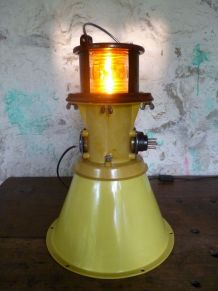 LAMPE D'AEROPORT