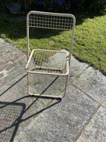Chaise pliante en métal quadrillé beige 1980