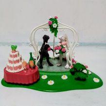 Décor de mariage dinosaure, décor gâteau mariés