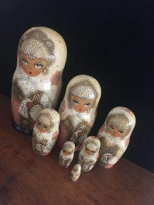 7 poupées Matriochkas.