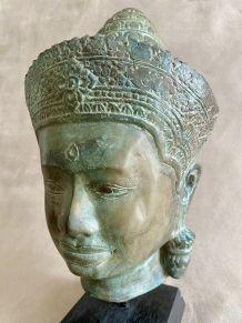 Bronze représentant une tête d'homme khmer