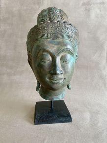 Bronze représentant une tête de femme khmer
