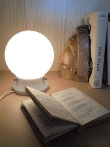 Lampe art déco en opaline