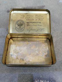 Petite boîte en fer '' BERGAMOTTES DE NANCY