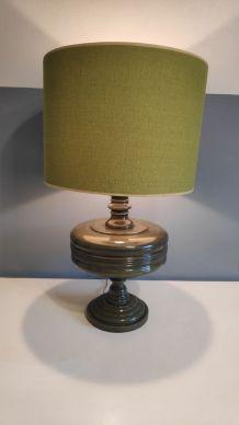 grande lampe verte en bois tourné
