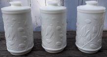 trio de pots en opaline blanche