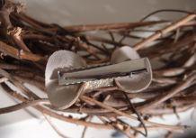 Barrette nœud en cuir doré antique et argenté pailleté