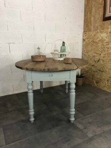 Table ovale ancienne