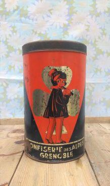 Boite publicitaire en tôle (confiserie des Alpes)
