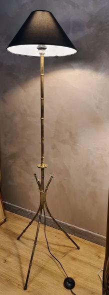 lampadaire style bambou acier peint  dans le gout de la mais