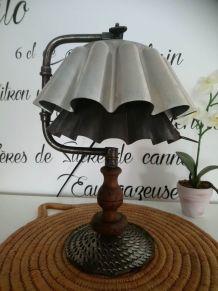 "LAMPE A POSER RECUP' ""CHIGNOLE"""