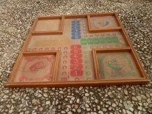 plateau en bois jeu petits cheveaux , vintage