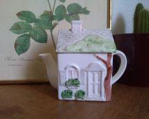 Théière maison Vintage