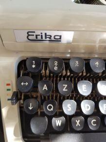 Machine à écrire vintage