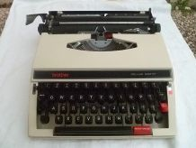 Machine  a ecrire BROTHER deluxe 660TR