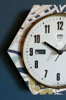 """Horloge formica vintage pendule silencieuse hexagonale """"ODO"""""""