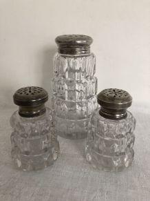 Sucrier, salière et poivrière en verre ciselé