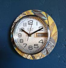 """Horloge formica vintage pendule silencieuse ronde """"Kiplé"""""""
