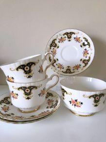 Lot de porcelaine anglaise royal Stafford