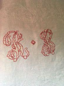 Paire torchons anciens au monogramme R B.
