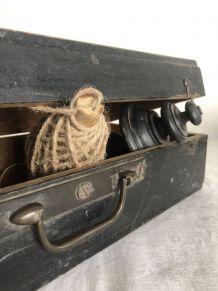 Valise en bois, coffre, boite