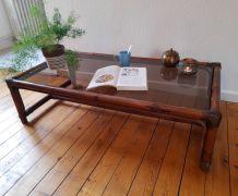 Table basse vintage bambou et verre fumé