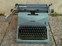 Machine a écrire Olivetti Diaspron 82