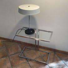 Console ou table de chevet. 1970. Acier chromé.