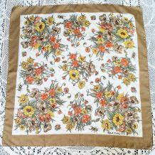 Foulard polyester décor botanique