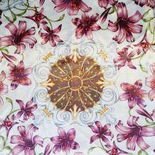 Foulard polyester décor fleurs de lys