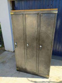 Meuble de rangement unique sur base d un casier 3 portes ind