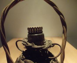 ancienne bouteille osier pour armagnac