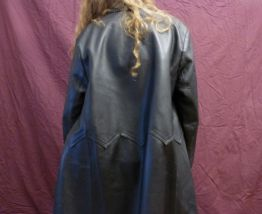 Long manteau cuir noir