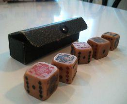 dès de poker