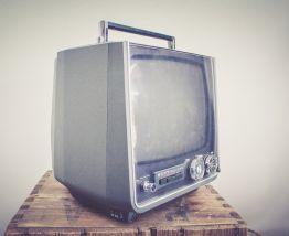 Téléviseur Sony années 70.