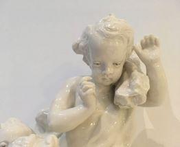 Statue en porcelaine Badersi