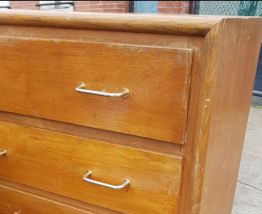 Ancienne commode annee 50