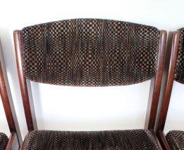 Suite de 4 chaises vintage 1970