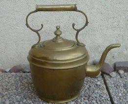 bouilloire en  zinc , exterieur  doré ,  vintage