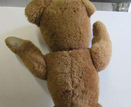 Grand ours ancien de 60 cm environ pattes arrières articulée