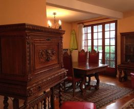 Salle à manger table + chaises Renaissance Espagnole massif