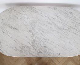 Table bistrot vintage ovale en marbre