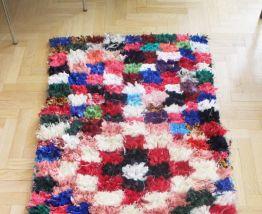 Long tapis Boucherouite fait main au Maroc
