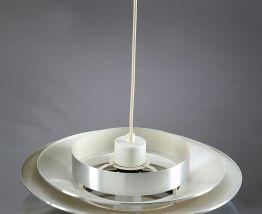 Suspension en métal chromé